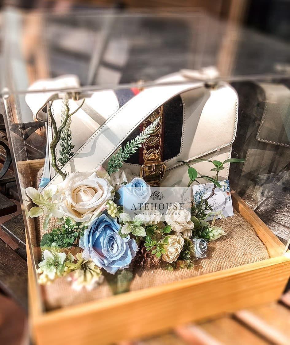 Seserahan Bandung Seserahan Hantaran Gift Hampers Wedding Weddinghampers Flower Indonesia Bride Di 2020 Dekorasi Pernikahan Pernikahan Ide