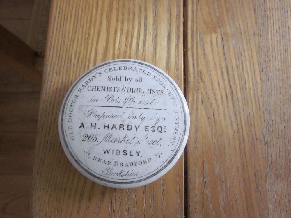 A H HARDY WIBSEY NEAR BRADFORD ADVERTISING OINTMENT POT