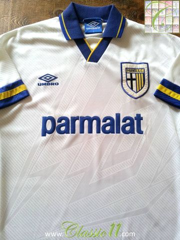 Relive Parma s 1993 1994 season with this vintage Umbro home football shirt. 58af4e743