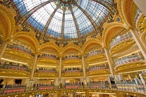 sentier paris *The impressive shopping mall of Lafeyette ...