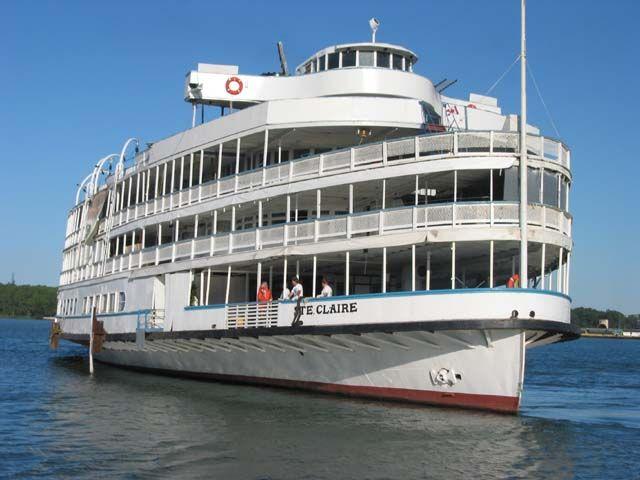 Boblo Boat