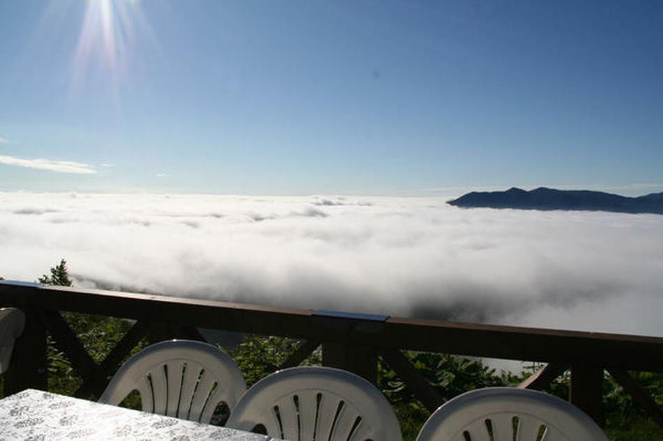 Restaurant Over Clouds Unkai Terrace Of Tomamu Japan 01 In