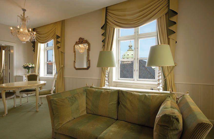 Rosenborg suite på Hotel Phoenix Copenhagen