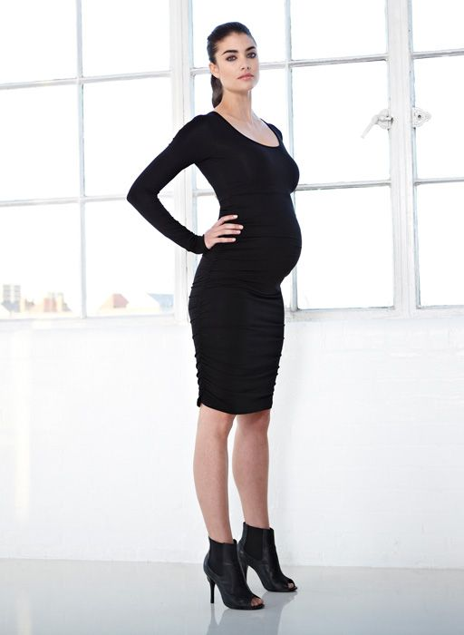 896f6ccecfdf A fitted black dress is always sexy and the most slimming silhouette!   maternity  fashion