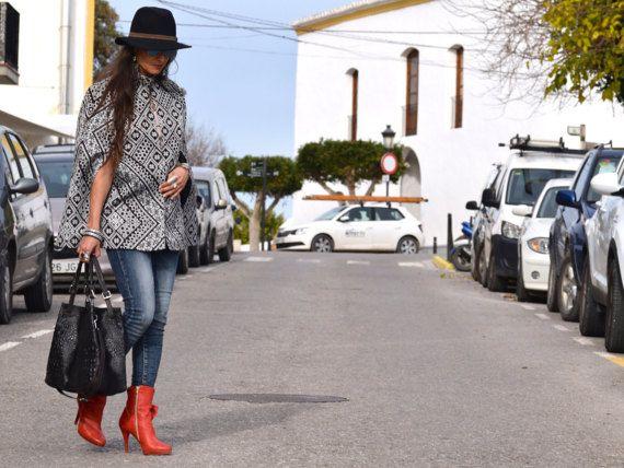 10b165e2c5 Amira Cape Moroccan Clothing Jacket Bohemian style chic Cloack ...