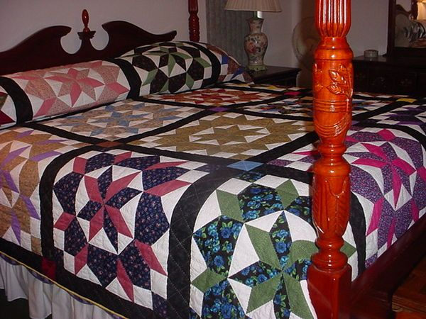 16 swoon blocks together with sashing and borders make a king size ... : spread quilts - Adamdwight.com