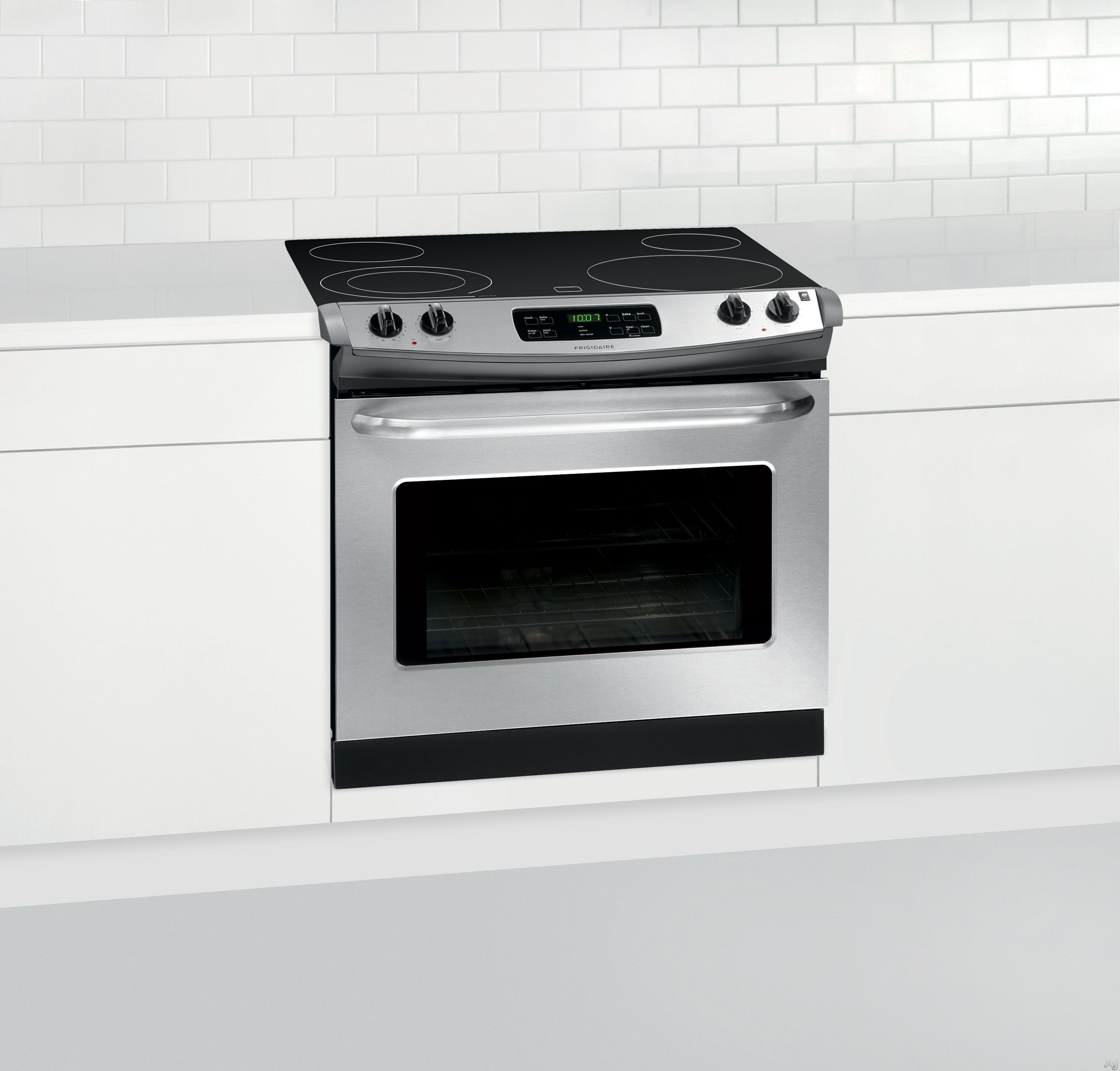 Frigidaire Ffed3025ps 30 Drop In Smoothtop Electric Range With 4