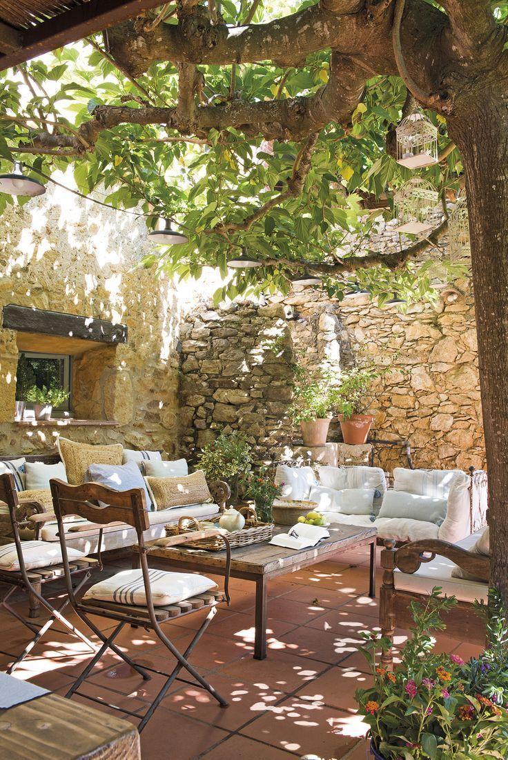 Photo of #Brava #Costa #masseria #splendida #Una DSC7099. Porche con muebles rústicos …