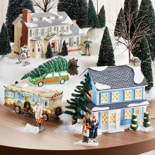 Download National Lampoon's Christmas Vacation Snow Village. Um ...