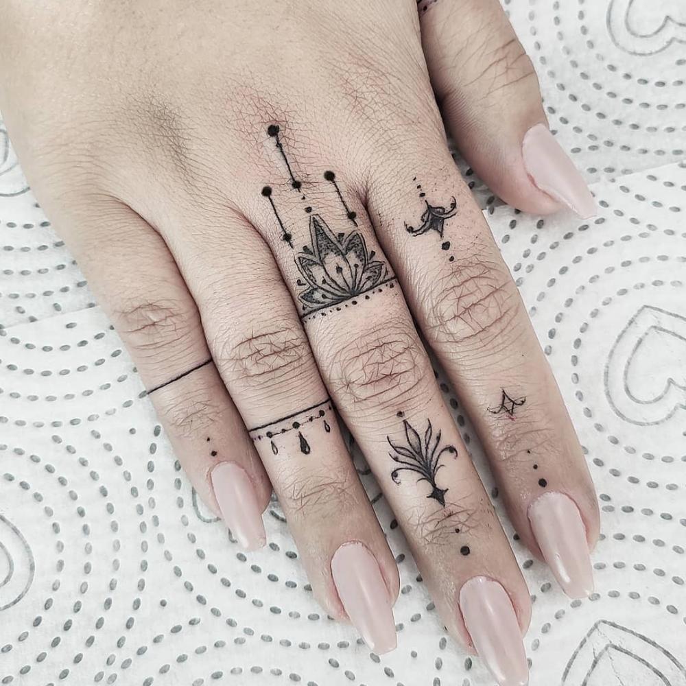 Bildergebnis Fur Tiny Tattoo Bildergebnis 5