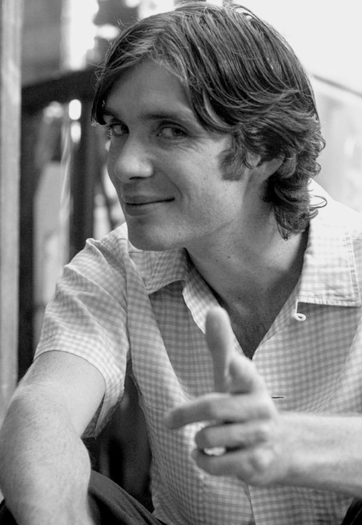 Cillian murphy as neil in watching the detectives