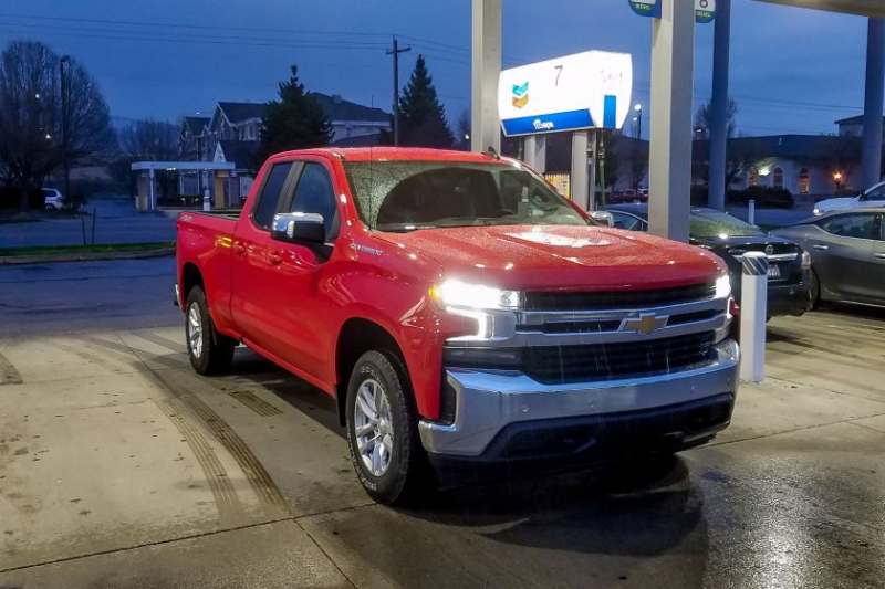 2019 Chevrolet Silverado 1500 2 7 Liter At Gas Pump Chevy