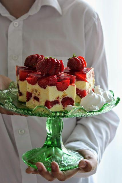 Smaki Dziecinstwa Ciasto Babci Ani Na Biszkoptach Z Truskawkami I Galaretka Desserts Polish Desserts Cake