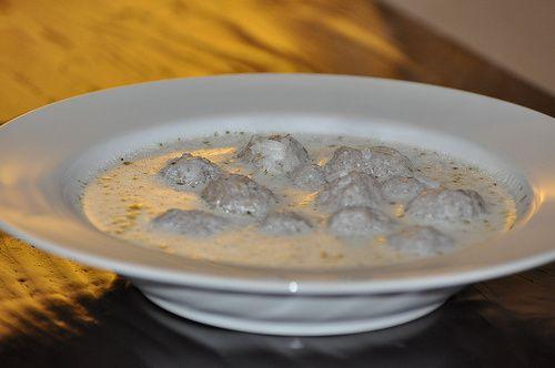 Madzoon ov Kefte (Yogurt Meatball Soup)