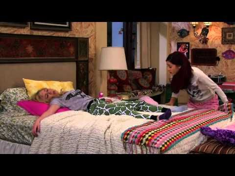 sam and cat babysitter war sneak peek sam and cat sam 17027 | 38e7210a0550ccf7a93a149bd8156d69