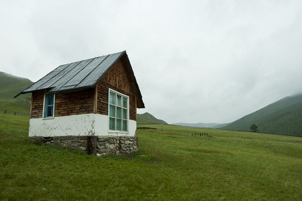 Cabin On The Steppe In Buyant Mongolia Cabin Tiny House