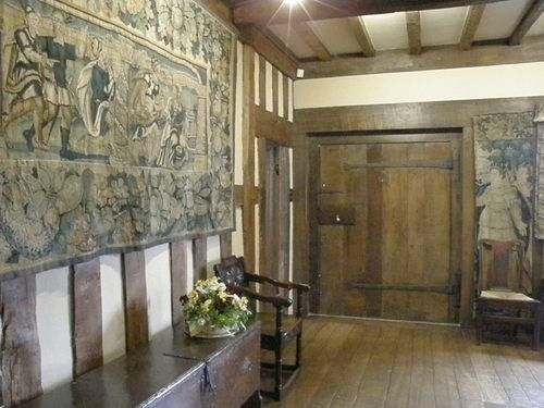 The original entrance door - Packwood House