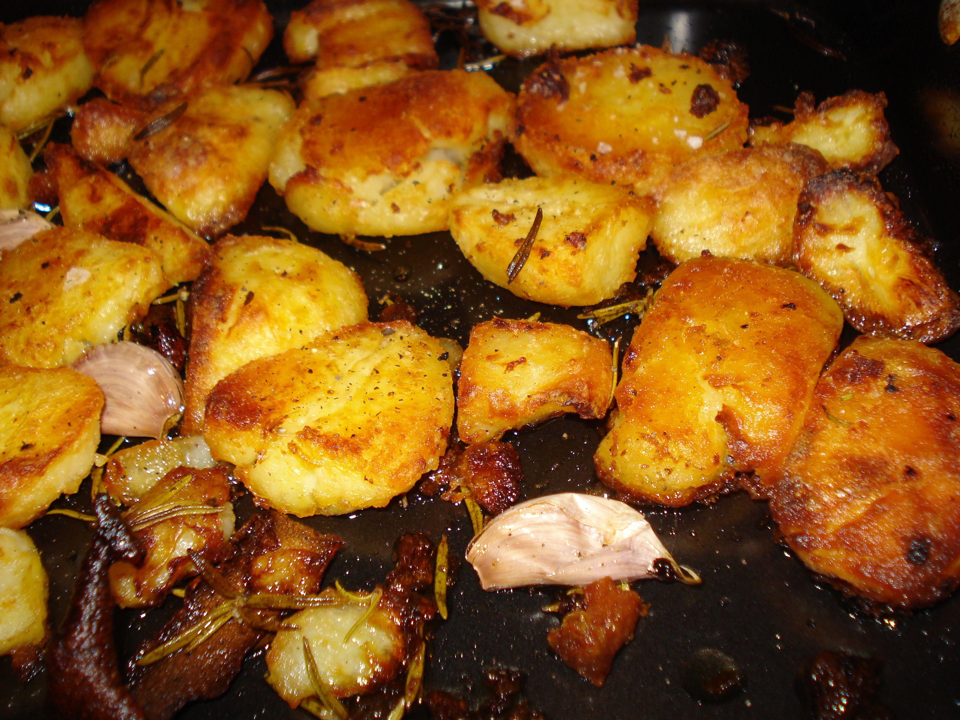 Rosemary and garlic potatoes jamie oliver