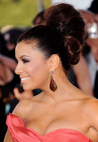 8a752f5547 What Do You Think of This Really Tall Updo on Eva Longoria