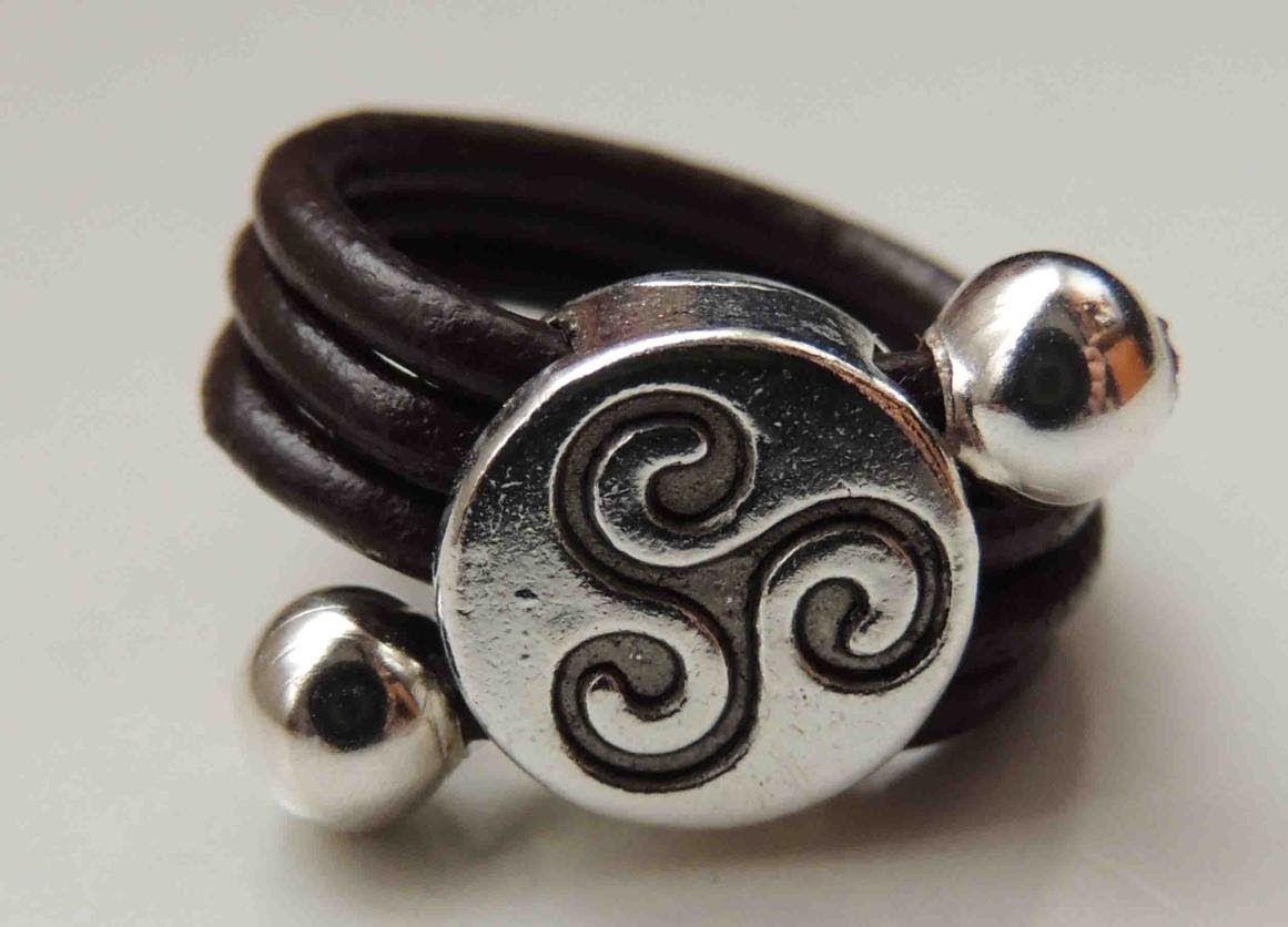 tutorial diy como hacer un anillo de cuero ring leather
