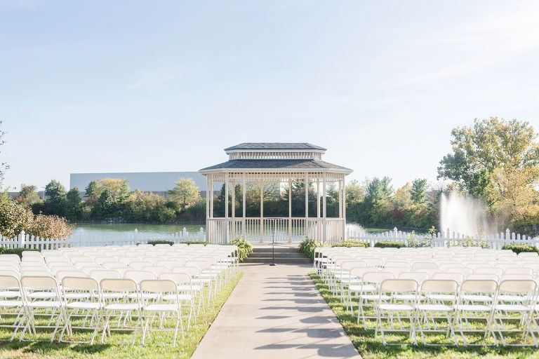 Outdoor Wedding Venue At The Savannah Center In West Chester Ohio