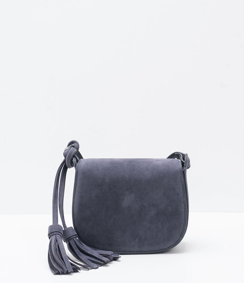 8ab661b67 Bolsa feminina Modelo transversal Com tassel Marca: Satinato Material:  sintético Composição: 100%