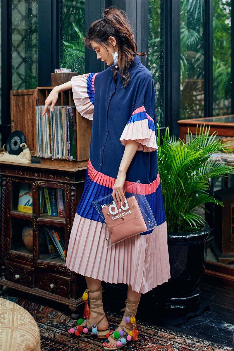 #croptops #trend #nohardfeelings #sideknots #beautifultops #india #photomode #foryou #loveyourself #bereal #oneplus7pro #likelikelike #onepiecedress #onepiece #ottdfashion #mystyle #japanesegirl #japanesemanga #highheelshoes #dressup #myfavoritegirl #latepost #fashiondesigner #fashioninspo #ootd #ootdfashion #linendress #instastyle #instagood #instadaily