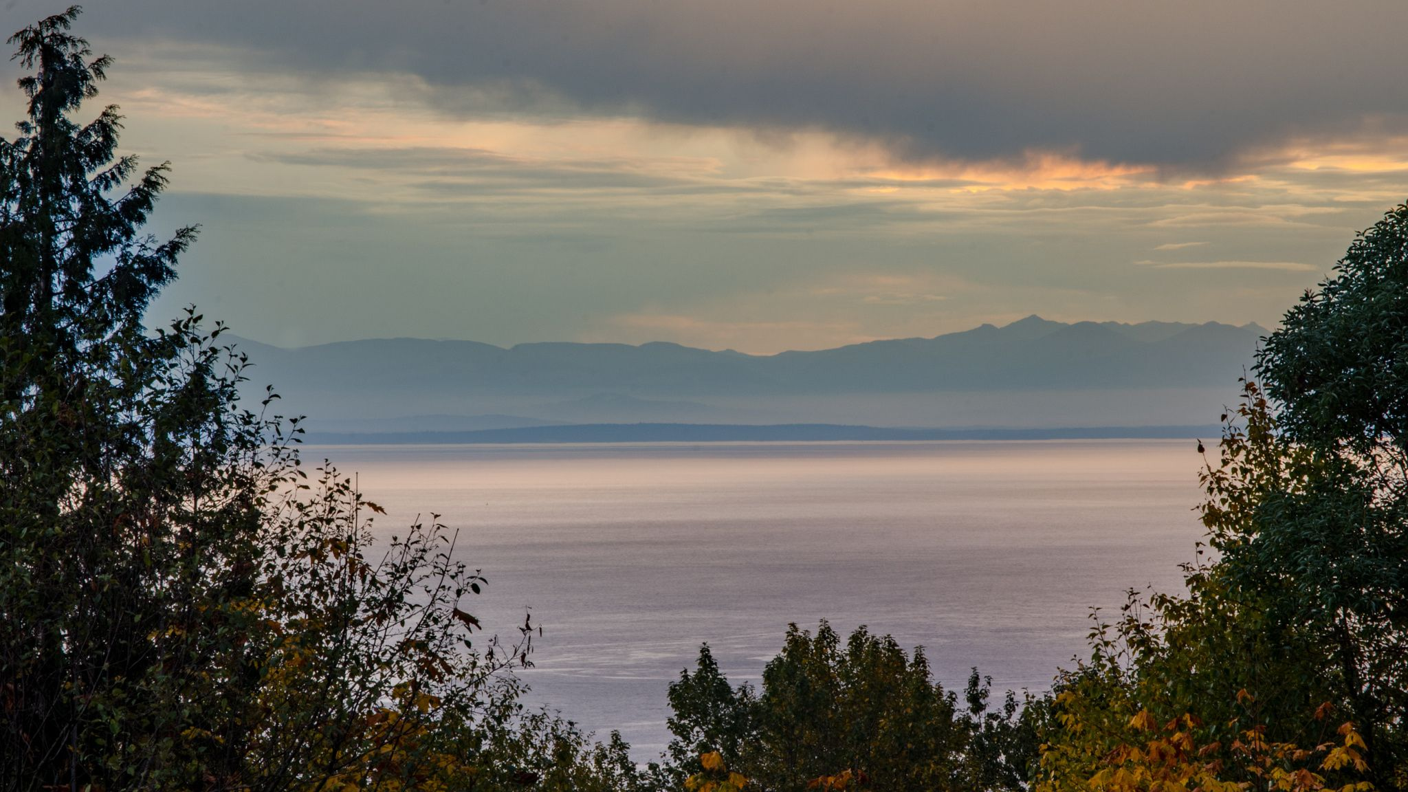 @nomadtoday The view of the Georgia Strait from West Vancouver, Canada.
