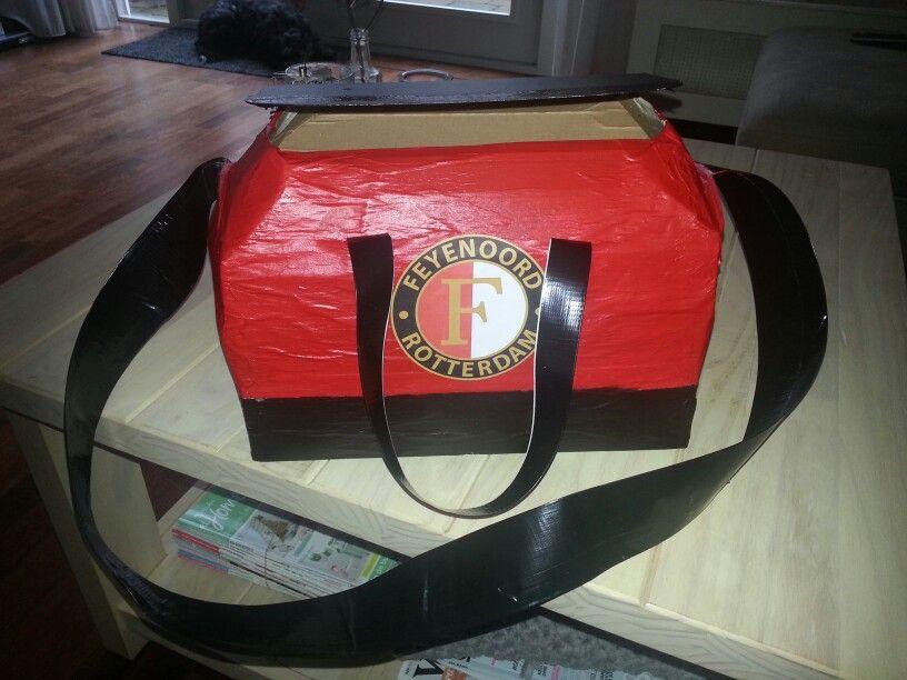 Surprise Voor Feyenoordfan Surprises