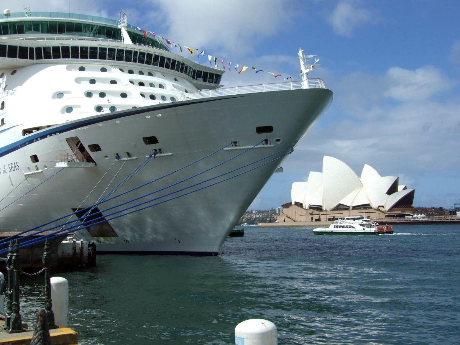 Cruiser and Opera House, Harbor Bridge, Cruise, Boat, Cruising,Background, Wallpapers