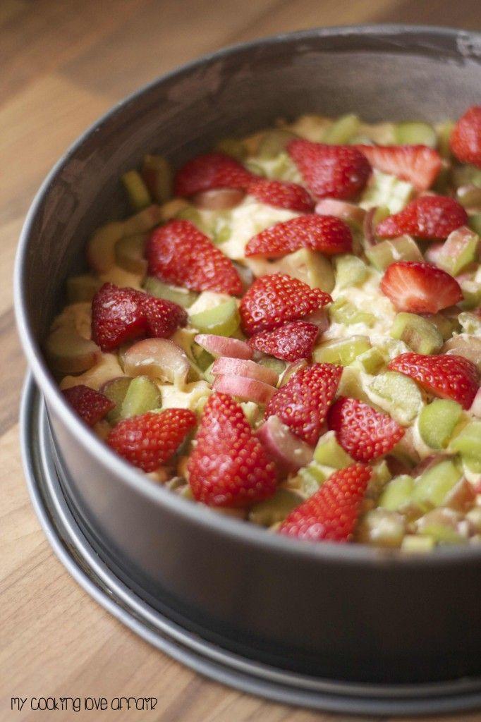 Erdbeer-Rhabarber-Kuchen • Cookingaffair.de