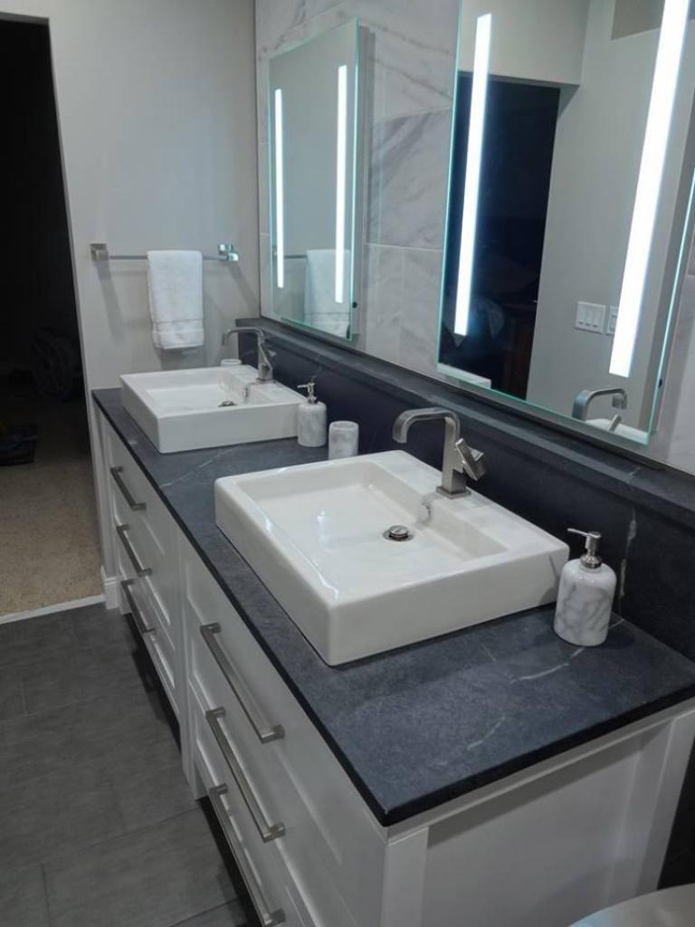 30 Awesome Big Mirrors In Bathroom Ideas Big Mirror Bathroom Mirror Double Vanity Bathroom