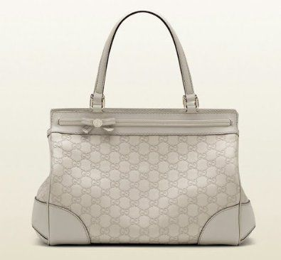 34ef0e852b0 Amazon.com  Gucci Mayfair Medium Tote Bag Guccisima Leather Off White Purse  G0065  Shoes