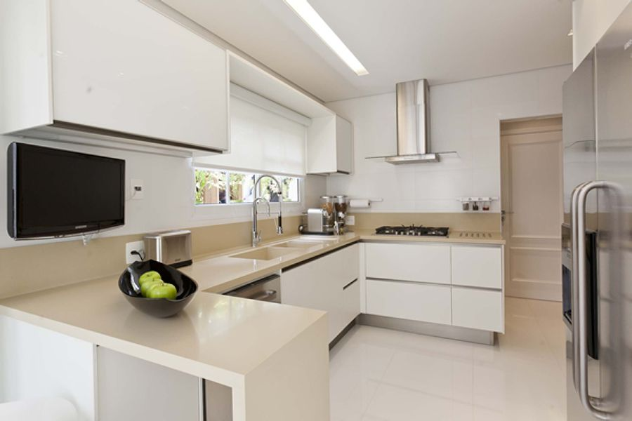 So clean i 39 d change the materials but i like the design for Cocinas modernas chiquitas