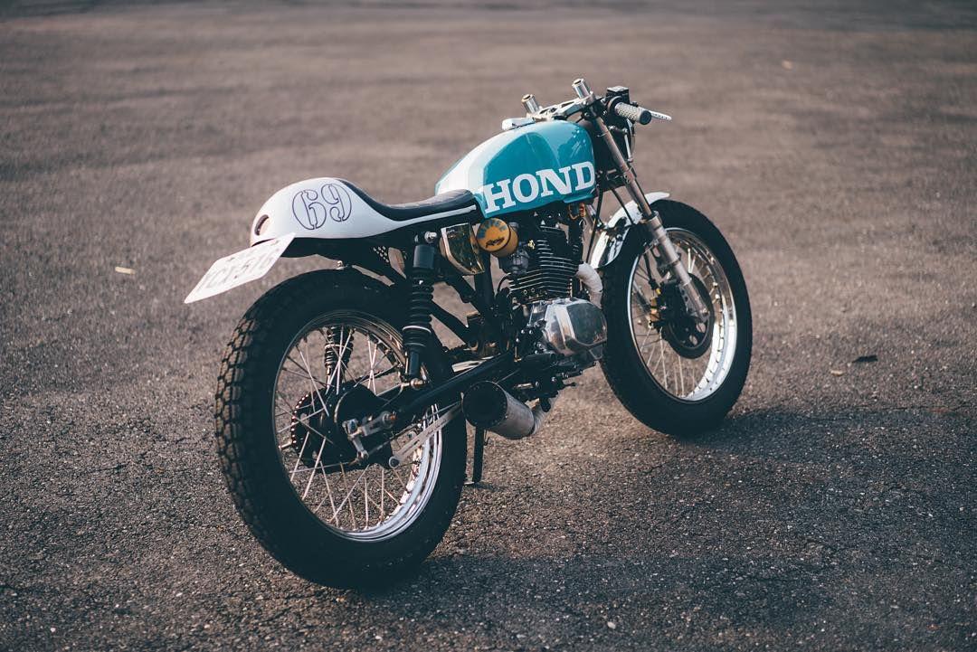 honda cafe racer bikes with an engine motorrad. Black Bedroom Furniture Sets. Home Design Ideas
