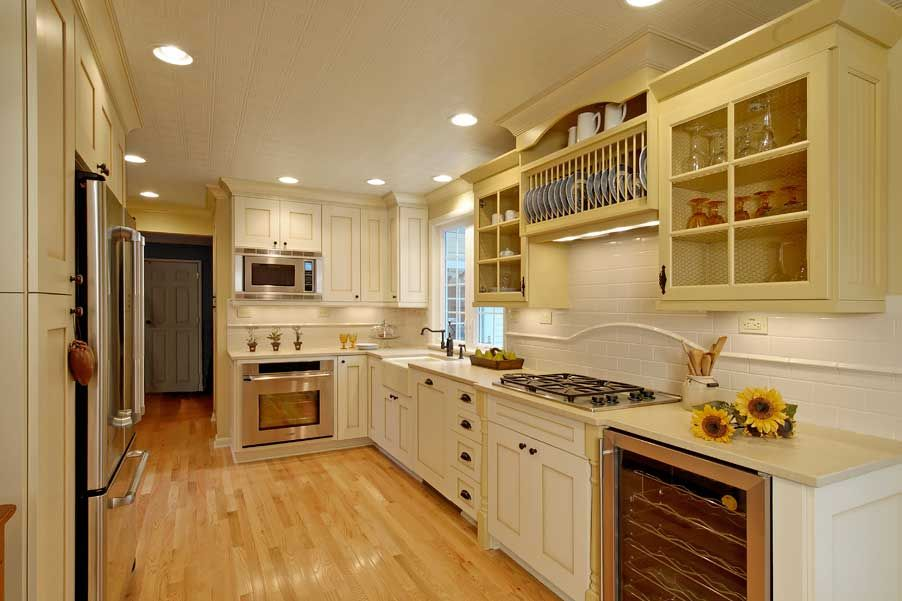 A Pocketful Of Blue Cottage Kitchens Cottage Style Cream