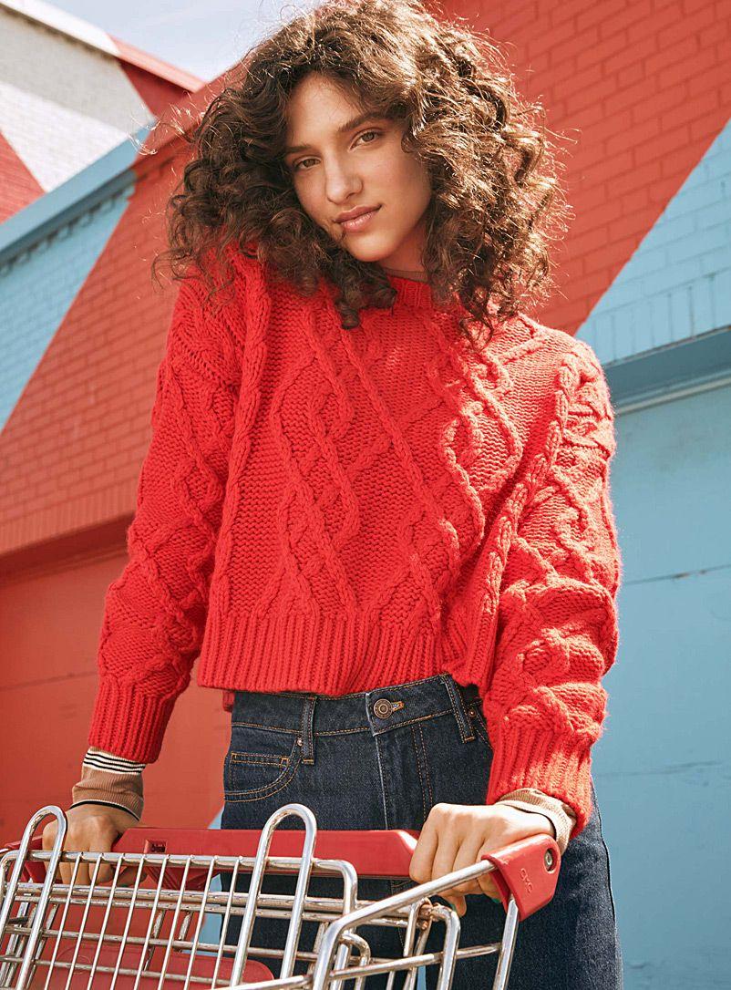 7d1f9b34974 Cable-knit cropped sweater | Simons #BTS18 #MaisonSimons #Twik ...