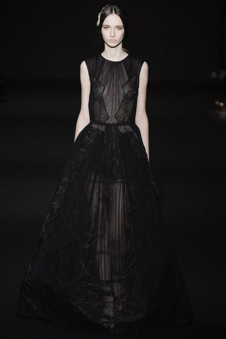 Alberta Ferretti | Fall 2014 Ready-to-Wear Collection | Style.com