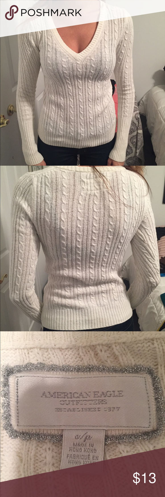 American Eagle Sweater Ivory American Eagle Sweater.  Size Small. Great Condition American Eagle Outfitters Sweaters V-Necks
