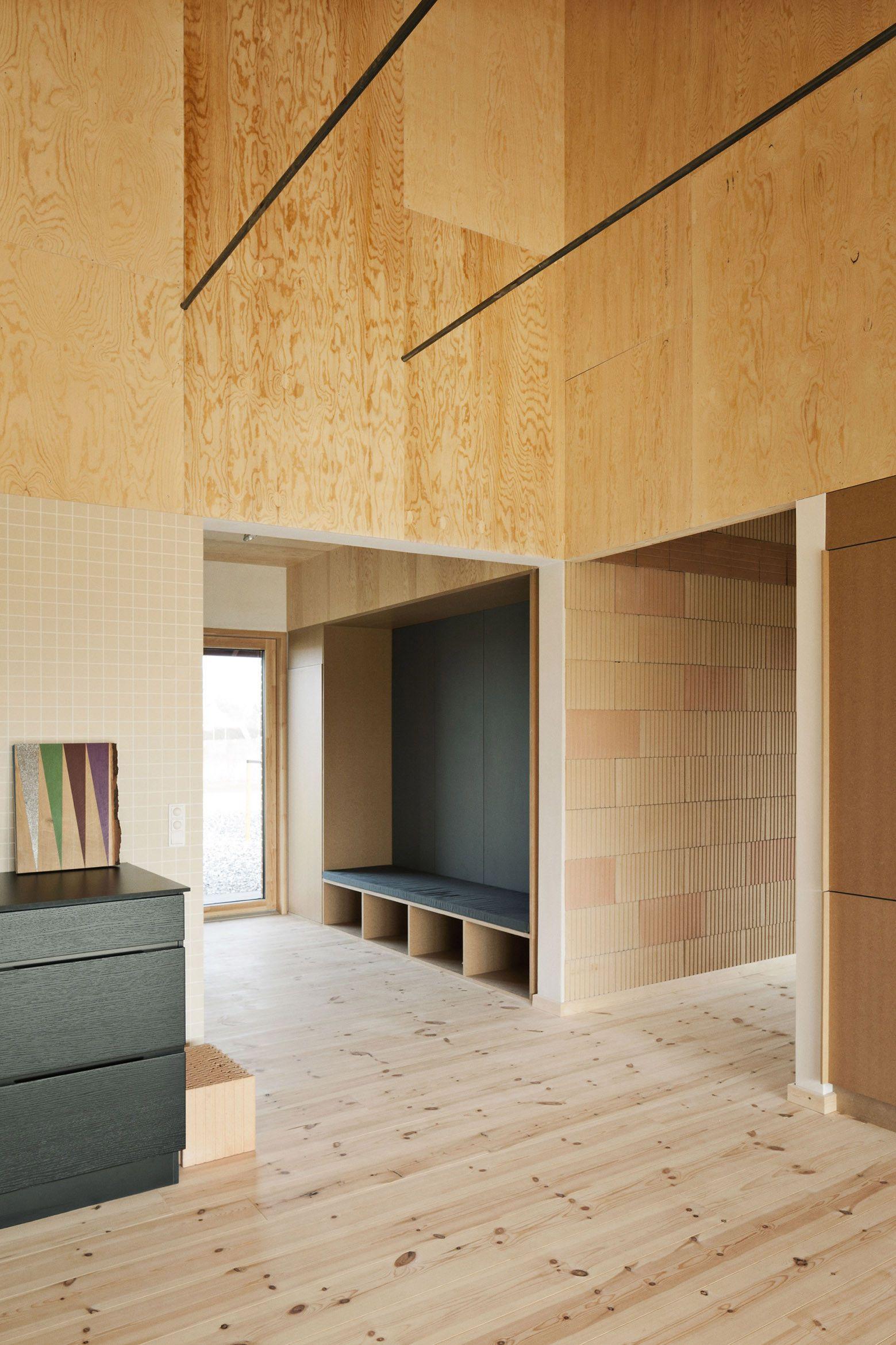 brick house stamers kontor residentile architectuur multiplex wanden houten interieur eigentijds
