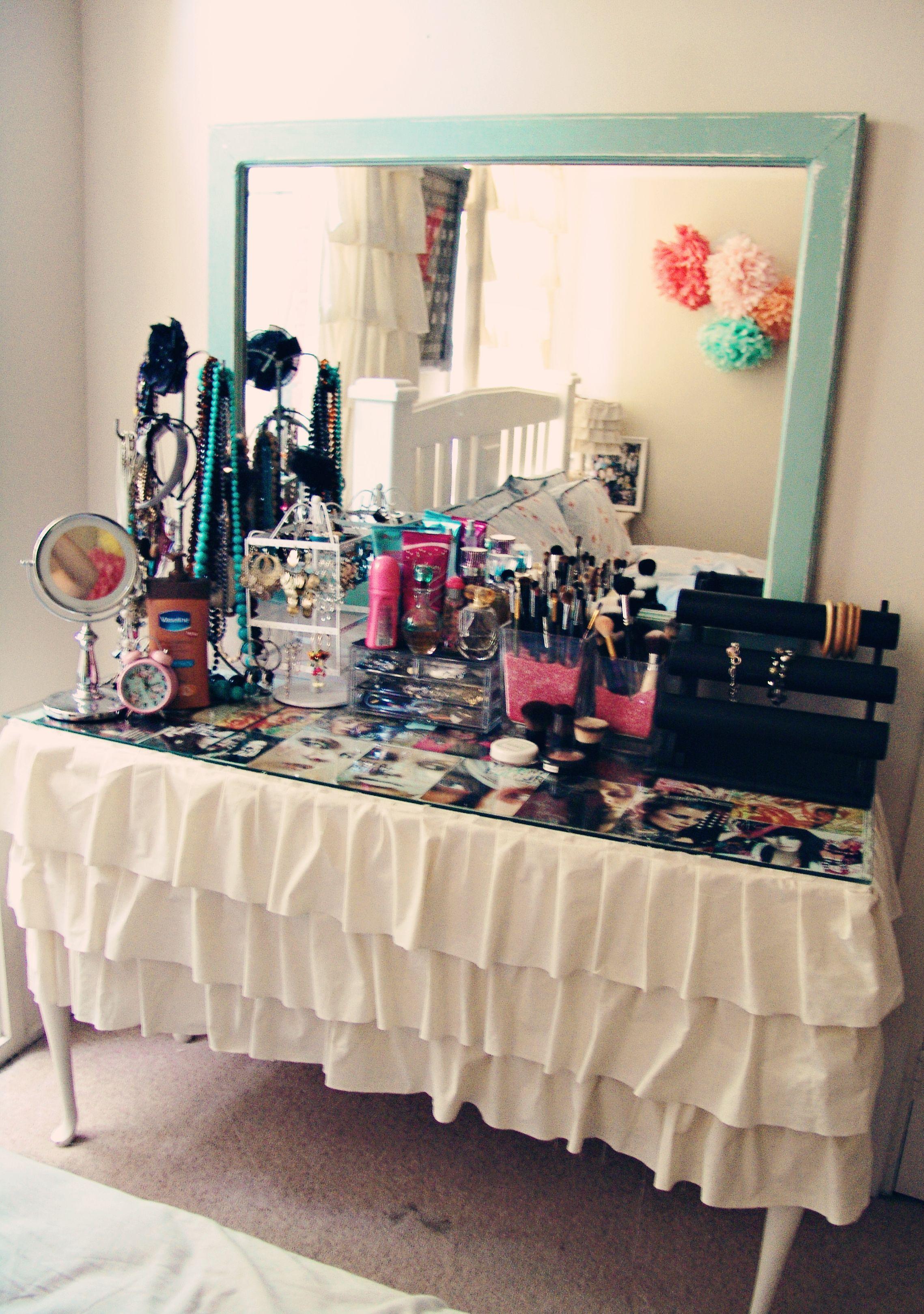 Diy vanity cute tableclothsheet or make your own prop mirror diy vanity cute tableclothsheet or make your own prop mirror geotapseo Choice Image