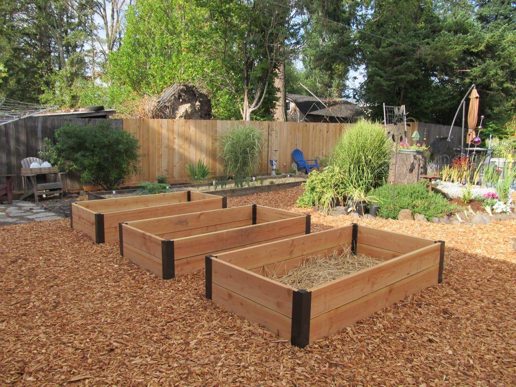Aluminum Corner Brackets for DIY Raised Garden Beds | Gardeners.com