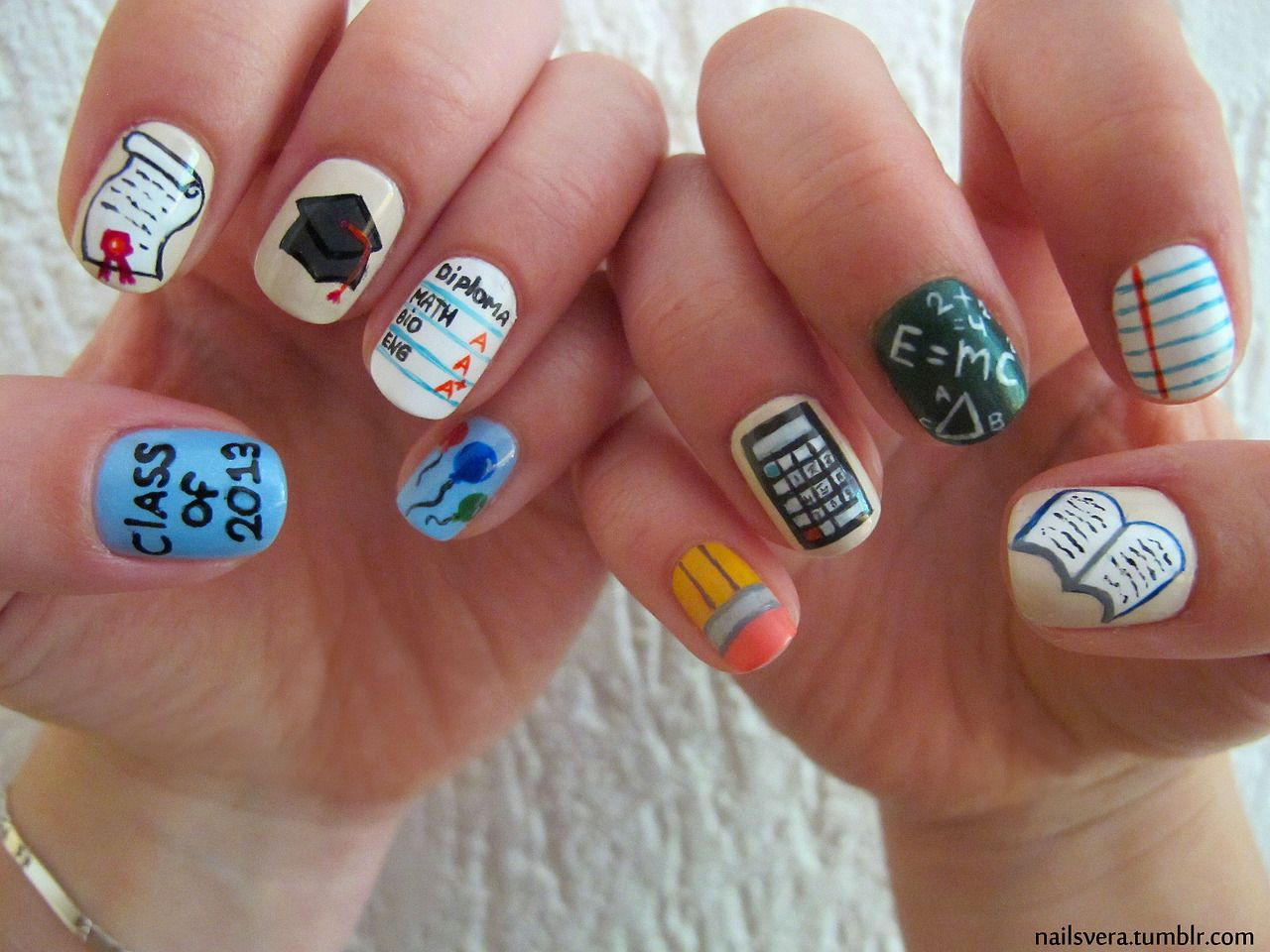 Classroom Nails I Want These For My Baby Sis Lol If She S Like Me She Won T Have The Patience For It Though Naglar