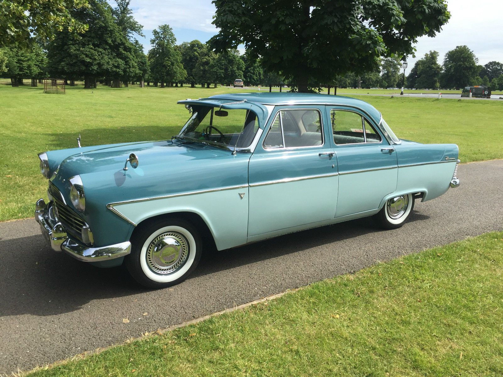 Ford Zodiac Mk2 Lowline Ebay Old Fashioned Cars Ford Ford Zephyr
