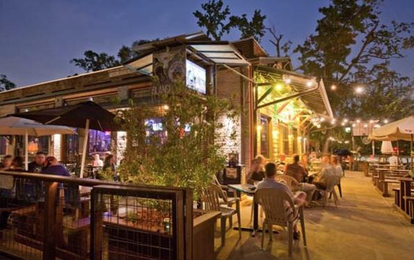patio dining in houston restaurants