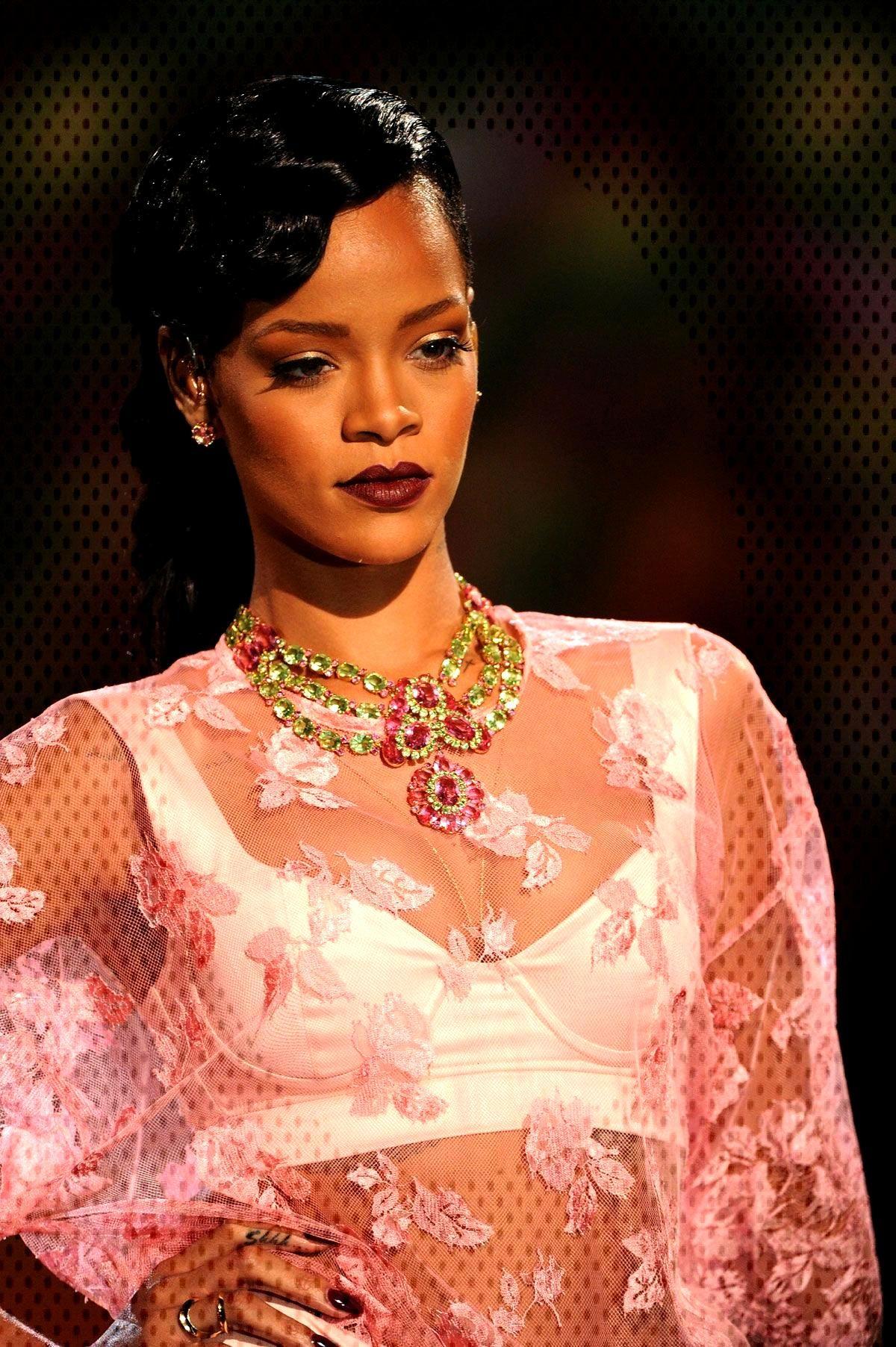 Rihanna Rihanna,