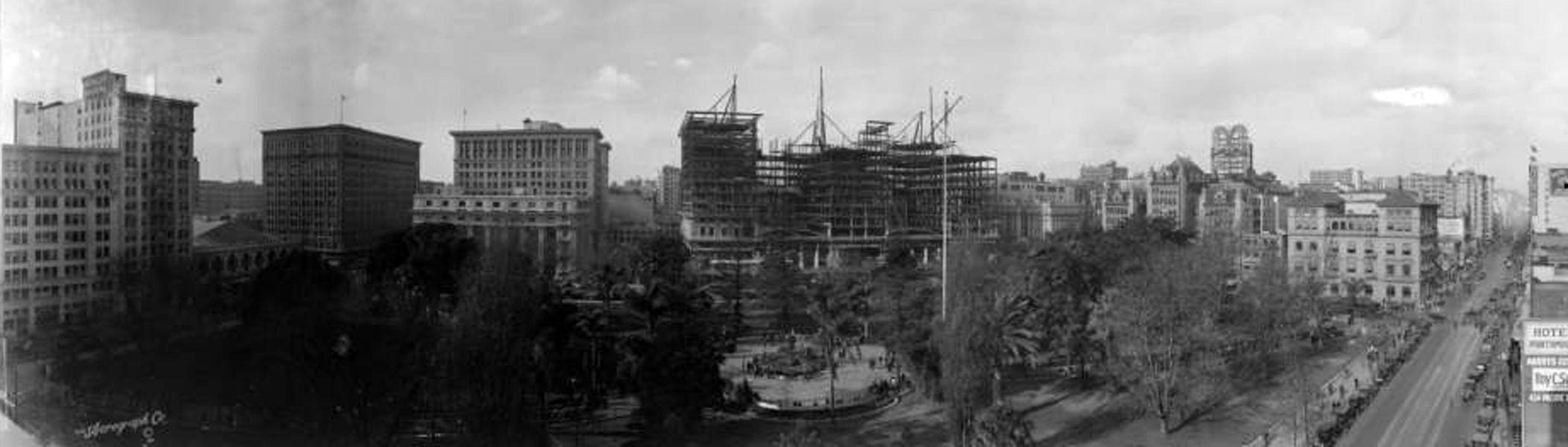 The Biltmore Hotel Under Construction In 1922 Huntington Library Bizarre Los Angeles Downtown Los Angeles Los Angeles Huntington Library