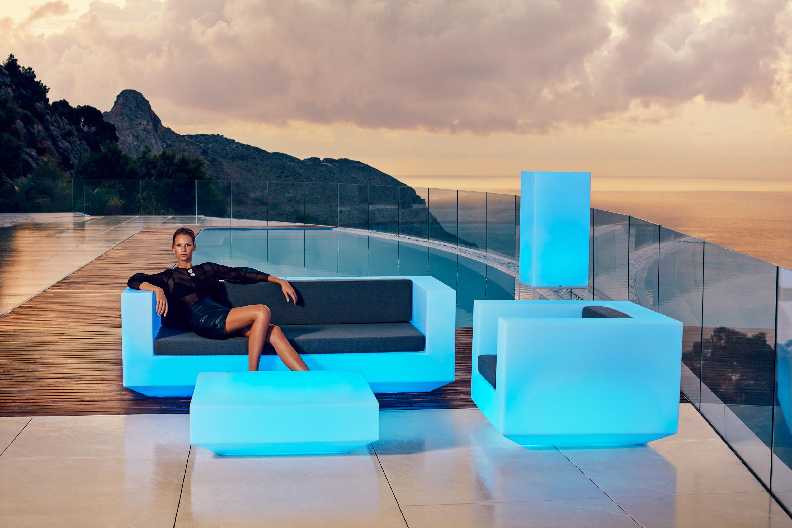 Vela sofa designer garden sofas from vondom ✓ all information ✓ high resolution images ✓ cads ✓ catalogues ✓ contact information ✓ find your