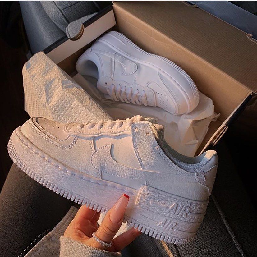 New Nike Air Force One Shadow White Now Available For 59 95 Do Your Pe En 2020 Zapatos Nike Para Damas Tenis Nike Blancos Mujer Tenis Blancos De Moda