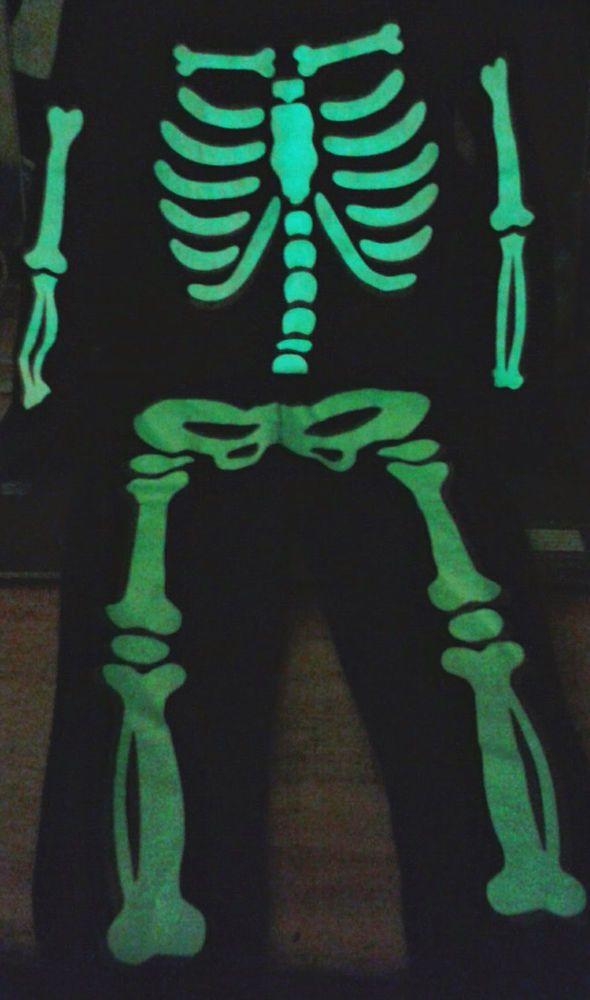 7509125f3 Glow In Dark Skeleton Bones Pajamas PJs Sleepwear Costume Black 4T ...